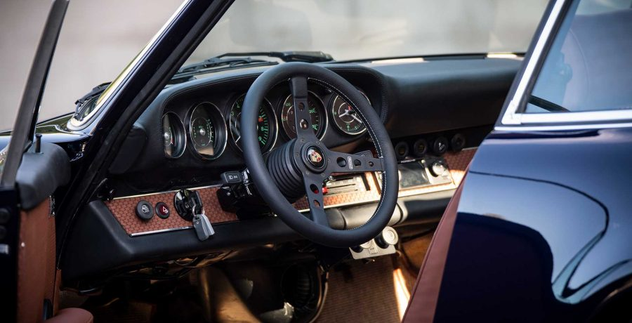 slide_rocket_supreme_luxury_cars_00
